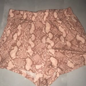 H&M pink soft shorts